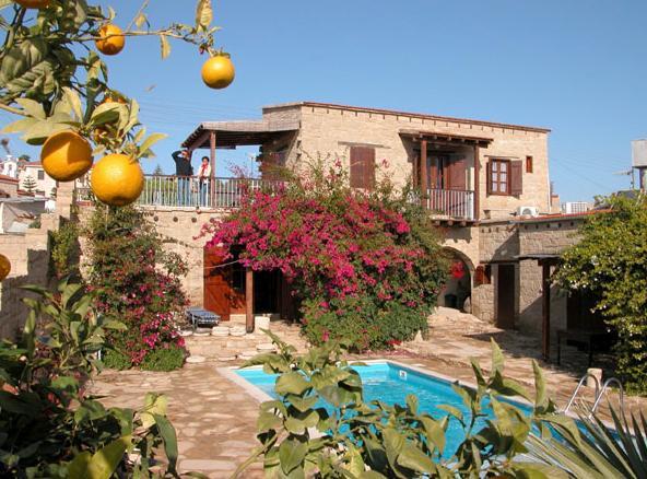 Luxusn� vila agroturistika Tochni, Limassol - pron�jem auta zdarma